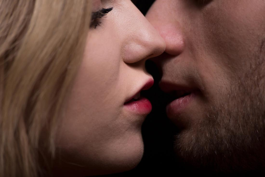 hpv transmitted by kissing helmintox kurss